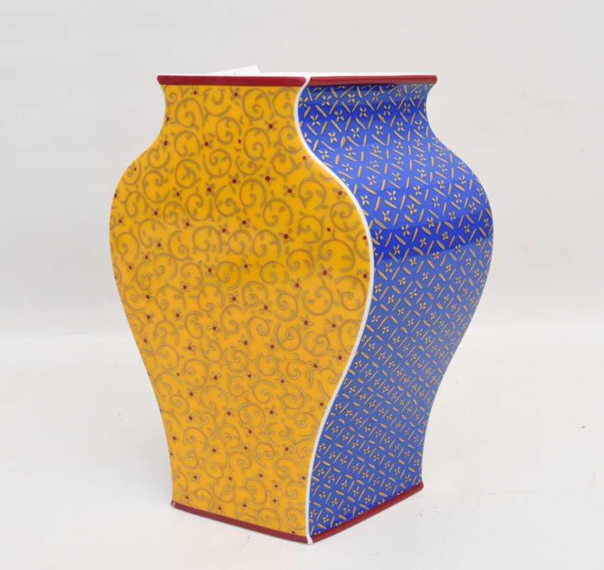 """ROSENTHAL STUDIO LINE VASE """"KUSUMAM"""", Designer Tadao Amano, painted/glazed equipped/gold, marked, 21. Century - photo 6"""
