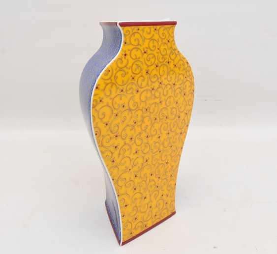 """ROSENTHAL STUDIO LINE VASE """"KUSUMAM"""", Designer Tadao Amano, painted/glazed equipped/gold, marked, 21. Century - photo 8"""