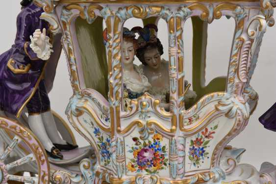 VOLKSTEDT porcelain manufactory: magnificent coach, painted glazed gold staffiertes porcelain, 2. Half of the 20. Century - photo 24