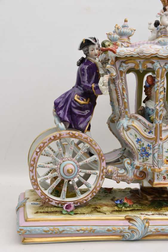 VOLKSTEDT porcelain manufactory: magnificent coach, painted glazed gold staffiertes porcelain, 2. Half of the 20. Century - photo 26