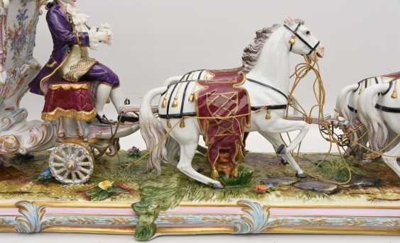 VOLKSTEDT porcelain manufactory: magnificent coach, painted glazed gold staffiertes porcelain, 2. Half of the 20. Century - photo 29