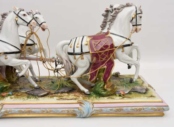 VOLKSTEDT porcelain manufactory: magnificent coach, painted glazed gold staffiertes porcelain, 2. Half of the 20. Century - photo 30