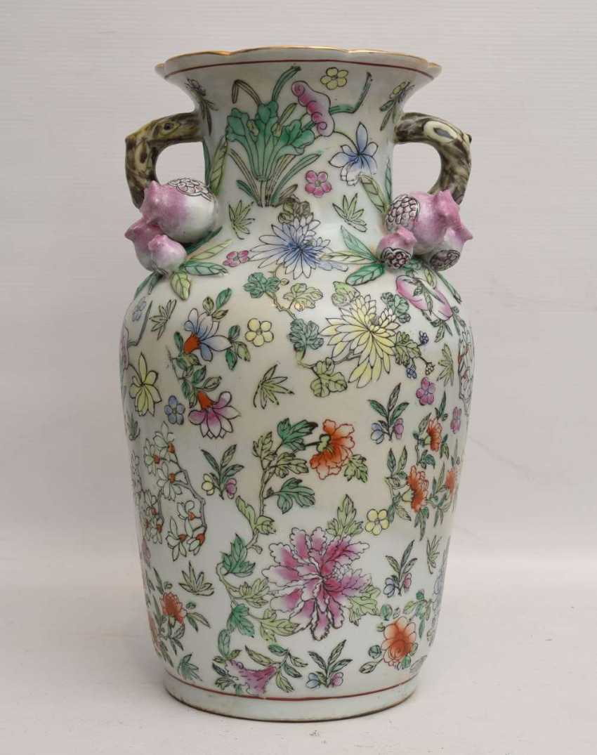 "VASE ""pomegranate blossom"",painted porcelain, marked, China 1. Half of the 20. Century - photo 1"