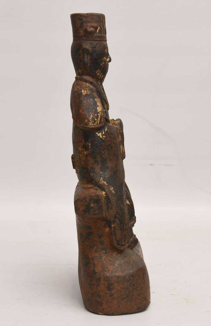 """Dominion image"", and a cast iron Statue with gold leaf, China, late Ming dynasty - photo 3"
