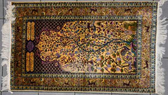 KESHAN prayer rug, silk, signed, Central Iran 20. Century - photo 1