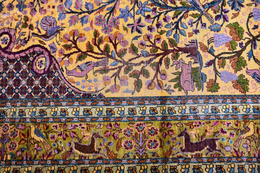 KESHAN prayer rug, silk, signed, Central Iran 20. Century - photo 4