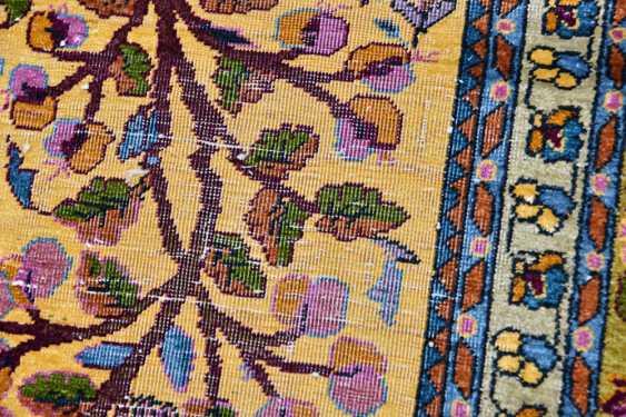 KESHAN prayer rug, silk, signed, Central Iran 20. Century - photo 5