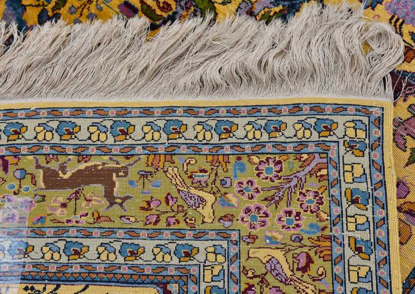 KESHAN prayer rug, silk, signed, Central Iran 20. Century - photo 6