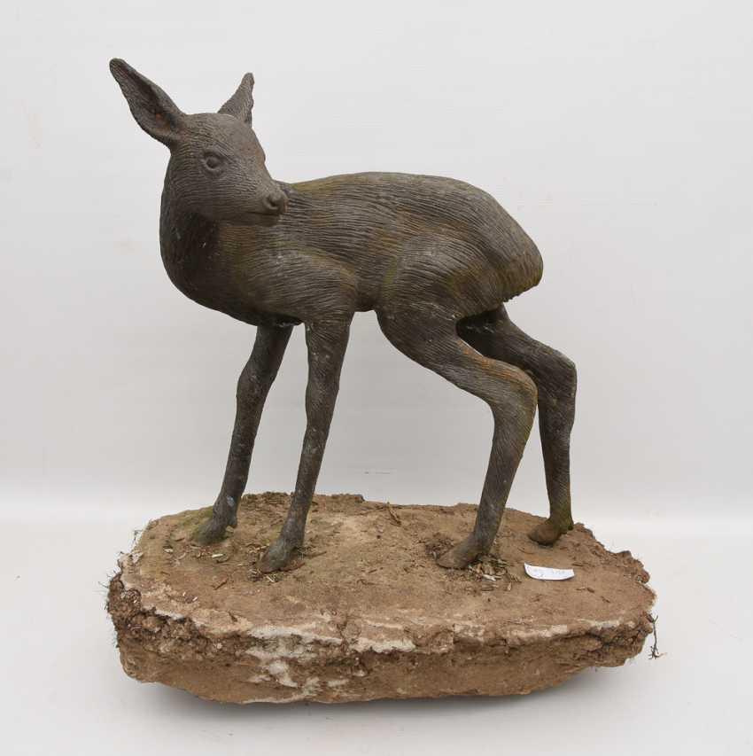 "GARDEN sculpture ""FAWN"", cast metal/cement, 20. Century - photo 1"