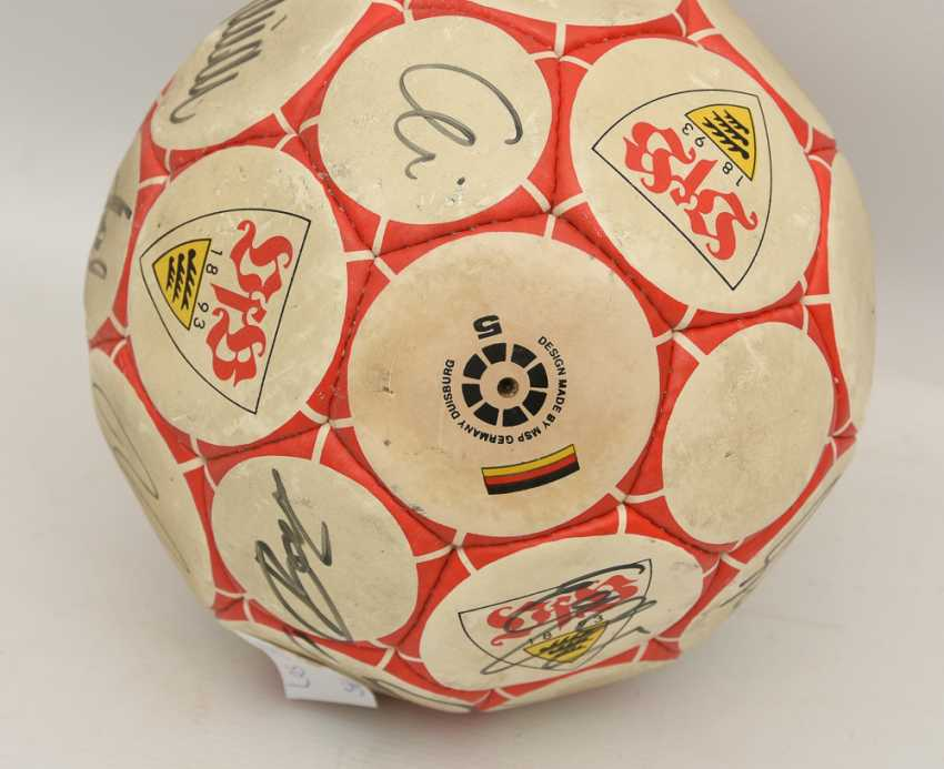 SIGNED VFB BALL, printed and described leather, 1990's - photo 2