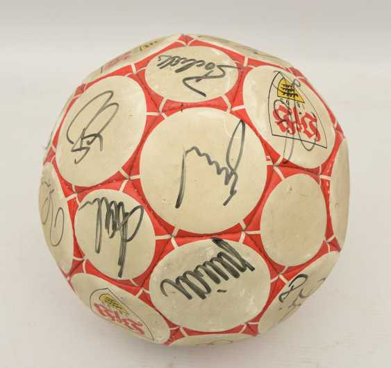 SIGNED VFB BALL, printed and described leather, 1990's - photo 3