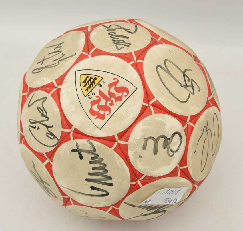SIGNED VFB BALL, printed and described leather, 1990's - photo 4