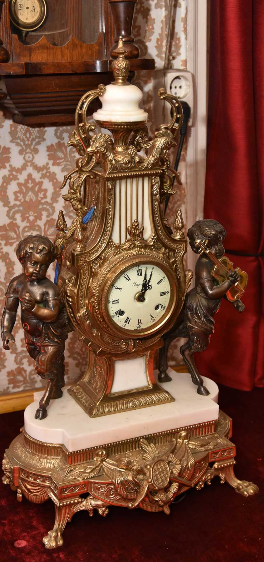 Mantel clock SET, brass/white marble, France in 1865 - photo 1