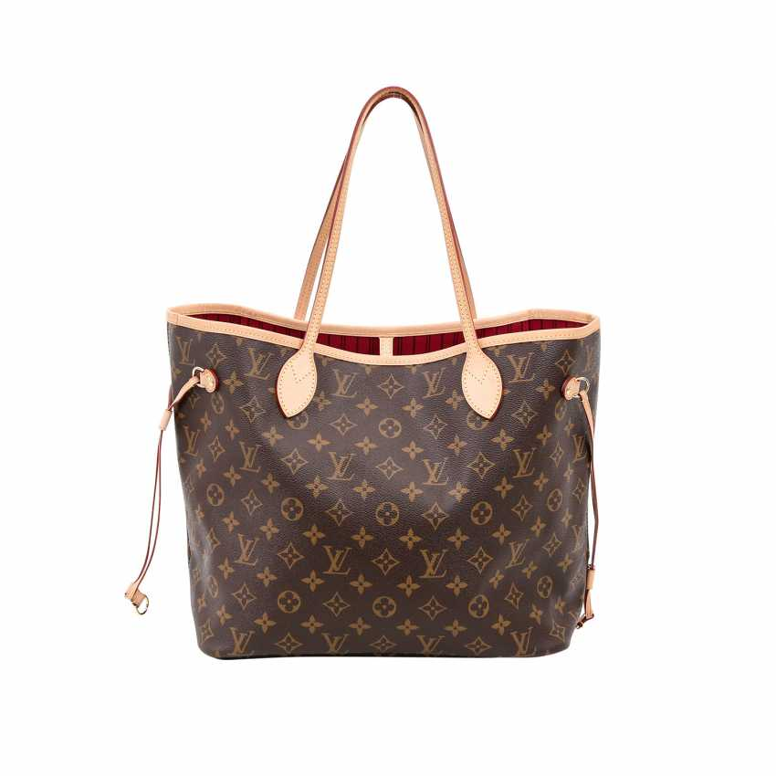 0b8a8f044b882 Lot 5. LOUIS VUITTON shopper tote bag