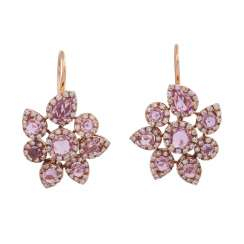Earrings with 8 pink sapphires, entouriert of brilliant,