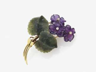 Violet brooch, Germany, around 1950