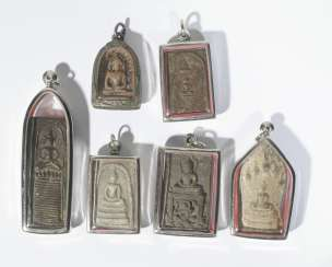 Six antique Buddhist amulet pendant