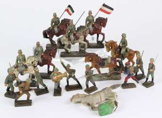 Post of mass soldiers and horses