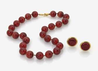 Carnelian necklace and a Pair of clip-on earrings with carnelian