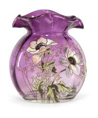 Glass vase with Anemone