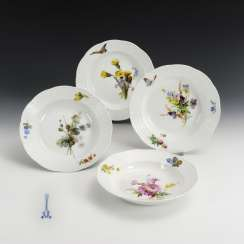 4 soup plates with soft painting