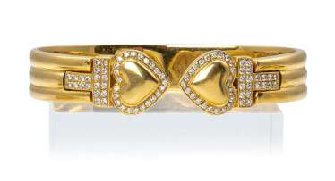 Gold-diamond-bangle bracelet with heart motifs