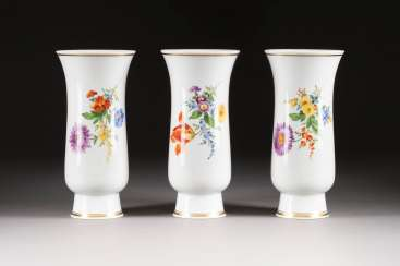 THREE ROD VASES WITH FLOWER PAINTING