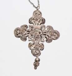 Silver chain with filigree cross pendant