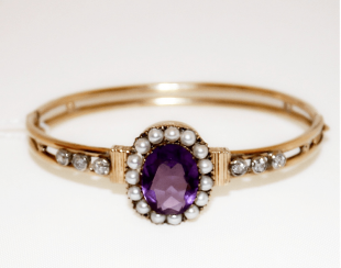 Bracelet with amethyst diamonds and pearls