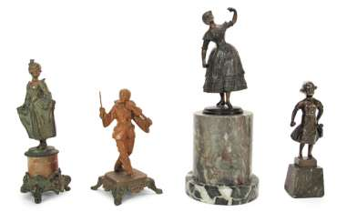 4 FIGURINES, INCLUDING VIENNA