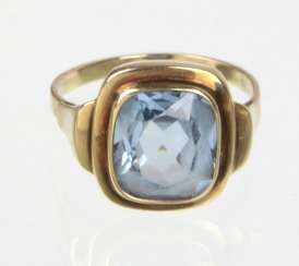 Ring with spinel - yellow gold 333