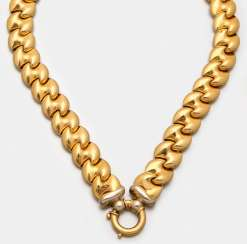Gold necklace by Camilla Grimani