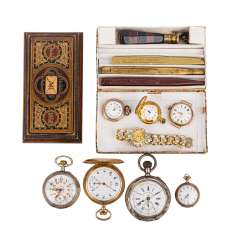 Nostalgia collection - Siegelset, paperweights and a variety of pocket watches.