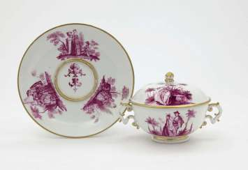 Small lid tureen and Presentoir. Meissen, Mid-18th. Century