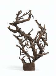 A LARGE ROOTWOOD SCULPTURE