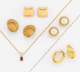 Gold Jewelry Mixed Lot: Four Pairs Of Clip-On Earrings/Plugs, A Pendant Chain