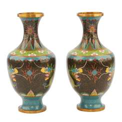 Pair Of Cloisonné Vases. CHINA, 1. Half of the 20. Century.