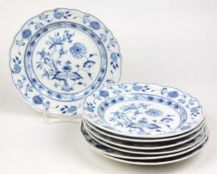 Meissen 7 Dinner Plates *Onion Pattern*
