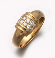 Decorative diamond ring