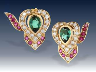 Earrings: extremely decorative, hand crafted, tourmaline/ruby/brilliant stud earrings, 18K gold, formerly very expensive goldsmiths-jewellery