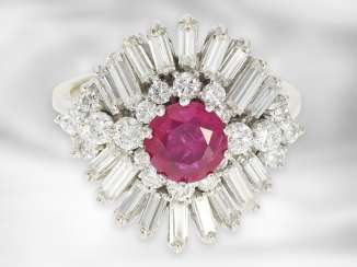 Ring: very high quality and formerly expensive ruby / diamond gold wrought ring, together around 3.4 ct, fine, natural, untreated Burma ruby of around 1.1 ct with a current Gemstone report