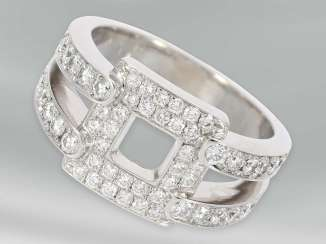 Ring: very attractive white gold ring in modern Design, brilliant-cut diamonds of approx 1,23 ct, 18K white gold, unworn