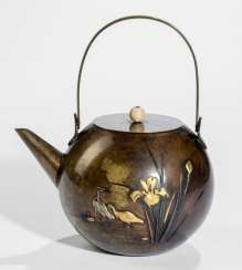 Teapot made of brass with decoration of herons and irises, Details in Gold and silver