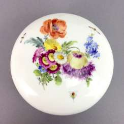 Large ball-and-socket: Meissen porcelain, decorative flower Bouquet and scattered flowers, gold decoration, 1. Choice, very well.