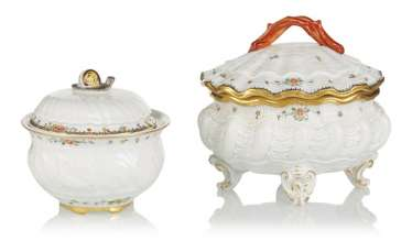 Two-lid jars from the Swan service