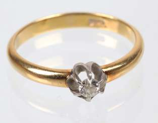 Diamond solitaire Ring - yellow-gold/WG 585