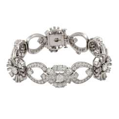 Bracelet with diamonds totaling approx. 8.2 ct