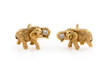 PAIR OF CUFFLINKS WITH BRILLIANT TRIM