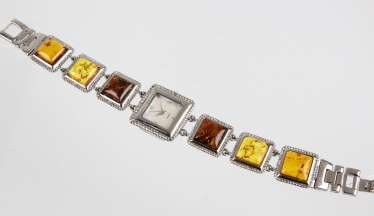 Ladies watch with amber