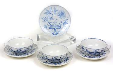 Meissen 3 Soup Place Settings *Onion Pattern*